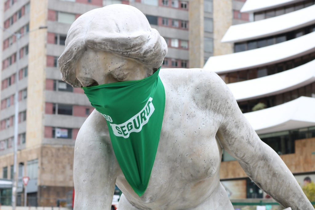 Toma de monumentos Bogotá Aborto Libre y Seguro